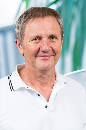 Dr. Karl-Martin Handrich